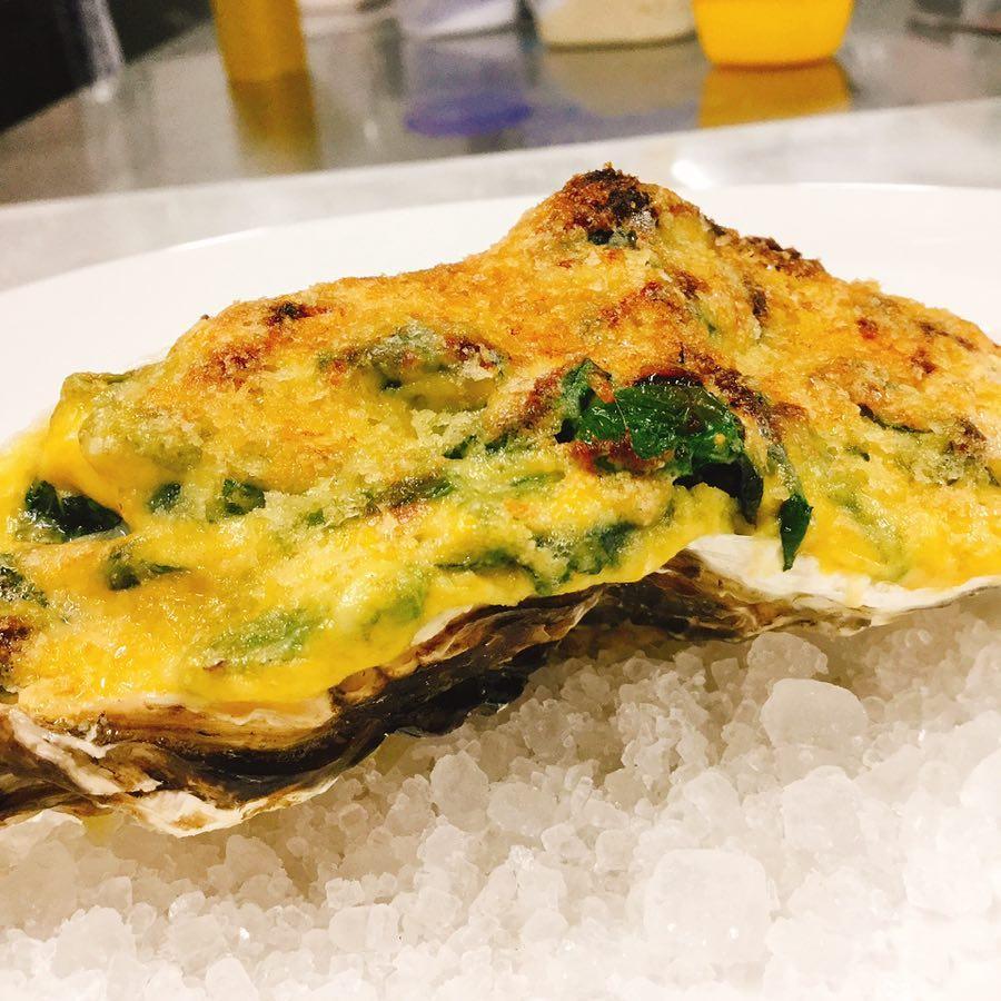 パラヴィーノも牡蠣始まりましたー️ グラタンとスパゲッティご用意してます