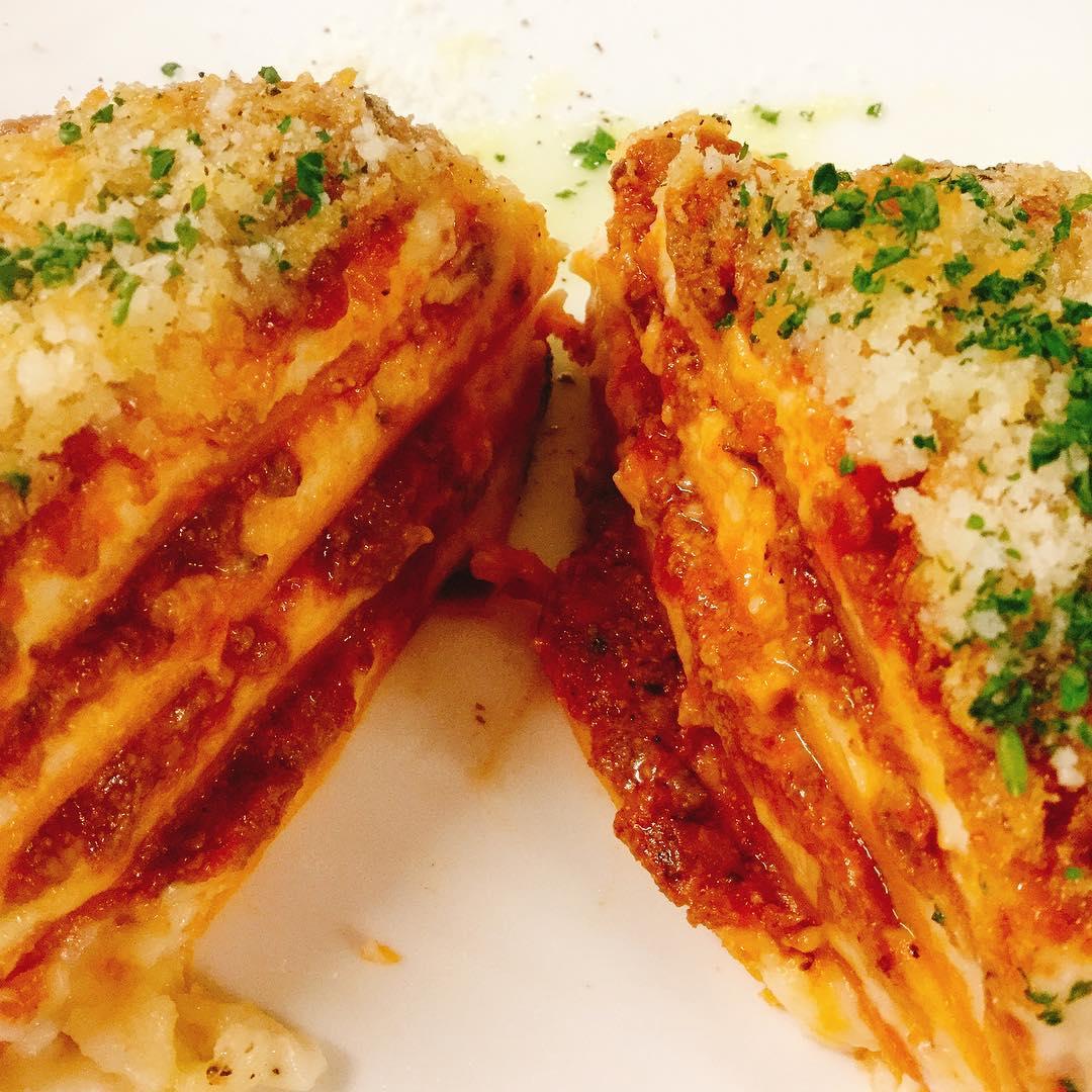 Lasagna エミリア・ロマーニャ風のオーソドックスなラザニアです