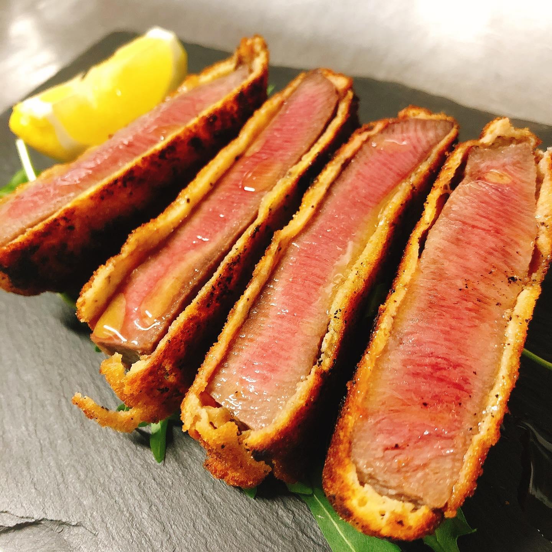 美味しい牛タンのカツレツありまーす  #牛タン  #肉の盛り合わせ  #群馬  #イタリア料理